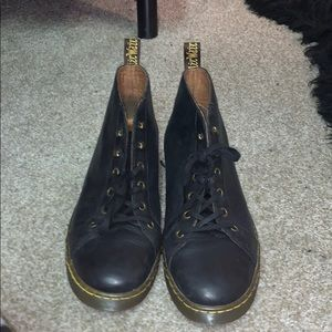 Men's Black Dr martens size 9